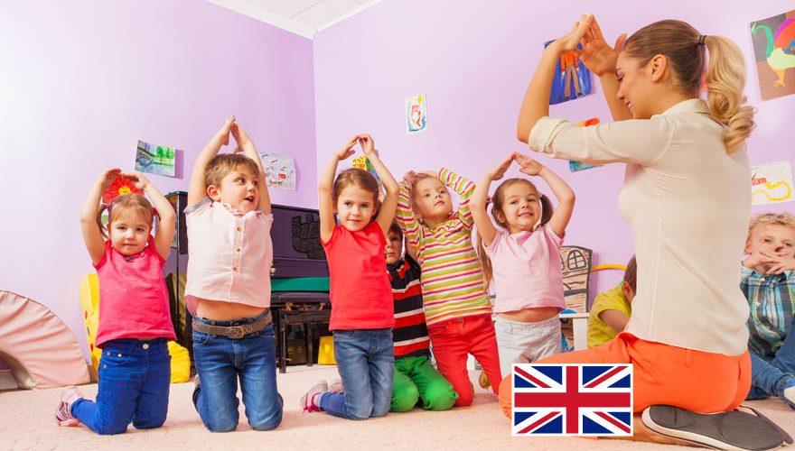 Dzieci uczące się języka angielskiego - szkoła językowa Rybnik